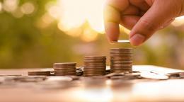 キャリアの各段階で適切な助成金を選択するには