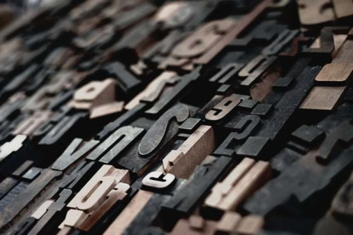 科学論文での文体と単語の選び方