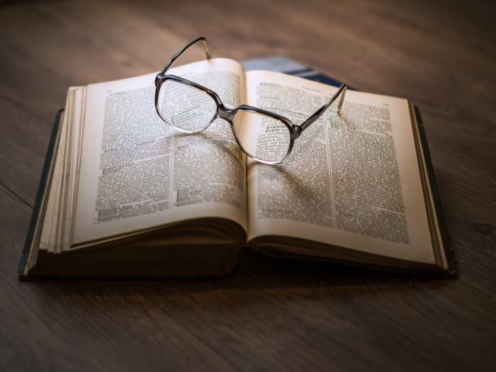論文出版と研究報告におけるバイアス