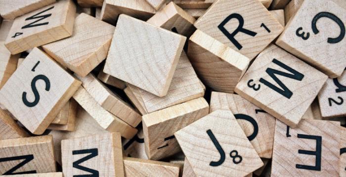 科学論文の書き方: 箇条書きでの大文字の使い方について