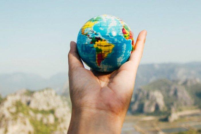 年々早まる地球資源の「赤字転換日(アース・オーバーシュート・デー)」