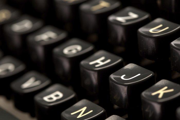 ソーシャルメディアからの情報を学術論文に引用する方法