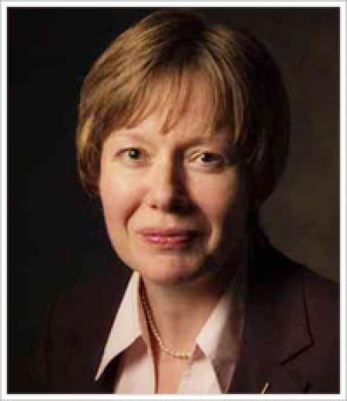 インタビュー記事:出版倫理セミナー講師のリズ・ウェージャー先生